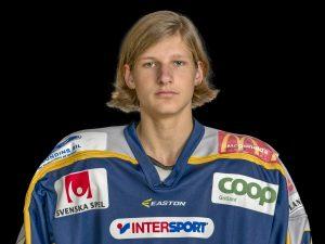 Tobias Åhlberg #24