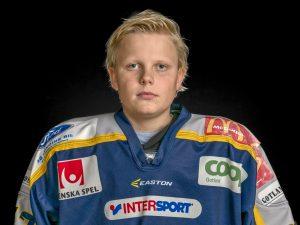 Oliver Bäckström #27