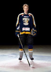 Adam Andersson #9