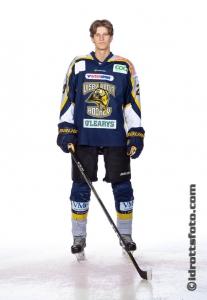 Tobias Åhlberg #20